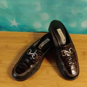 Brighton mules. Sydny style size 8.5 brown